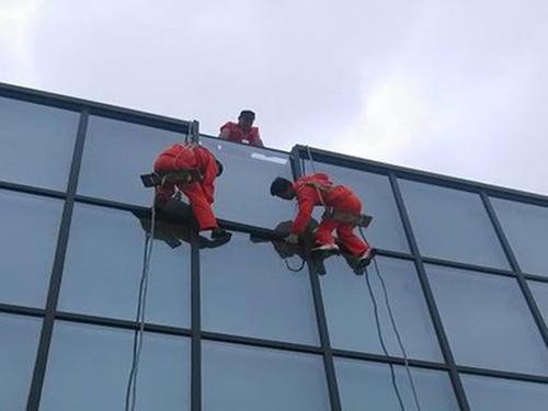 淳安玻璃幕墙窗改大企业